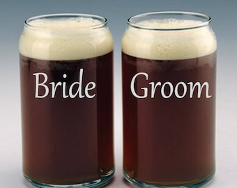 Personalized Bride and Groom Beer Can Glasses / Custom Etched Wedding Gift / Engraved Beer Glasses / Custom Engraved Glasses - Set of 2