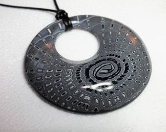 Grey fine flashing black and white donut necklace