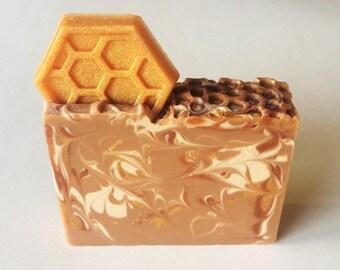 Oatmeal Milk and Honey - Dry Skin Soap - Honey Soap - Handcrafted Soap - Homemade Soap - All Natural Soap - Goat Milk Soap - Artisan Soap