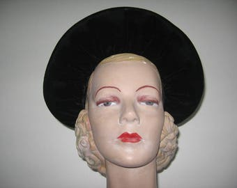 1930's-40's Puckered Black Velvet Halo Hat with Bows!
