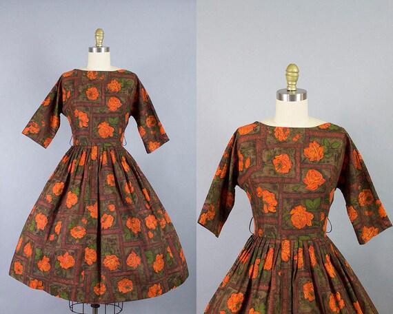 1950s Rose Print Dress/ Medium (36b/27w)
