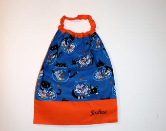 Cantinen home annivesaire * bib, napkin, canteen, with elastic at the neck, cotton cat and fish on order