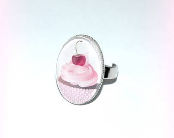 ring oval pink cupcake