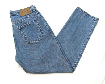 Vintage 1990s CALVIN KLEIN Jeans ~ measure 31.5 x 29.75 ~ Made in USA ~ Relaxed Fit /  High Waisted ~ Boyfriend ~ 31 32