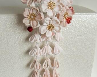Monthly Hana Kanzashi. Aprli: Sakura kanzashi, floral hair accessory. Cherry blossoms kanzashi.
