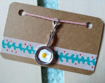 Progress keeper, knitting crochet, removable stitch marker, charm food, fried egg, travelers notebook planner charm