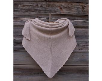 Winter Shawl of Lambswool Merino, Bactus, Women's/Men's Accessory, Natural Thread, Natural Yarn, Warm Shawl and Soft, Triangular