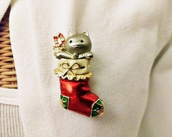 Ladies Vintage 1980's Christmas Kitty in a Stocking Danecraft SIgned Enamel Brooch