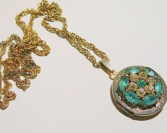 Upcycled Vintage Locket with a Vintage Jewelry Bit