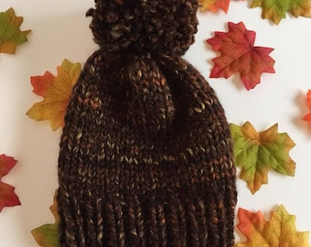 Chunky hat, pompom, beanie, bobble hat, cosy, warm, brown