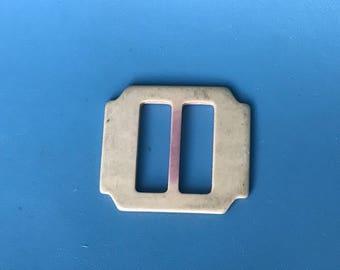 Vintage Scarf Slide / Bakelite Plastic Buckle / Vintage Fashion / 1950s / Small Buckle / Santa Belt Buckle / Buckle Craft / Vintage Belts