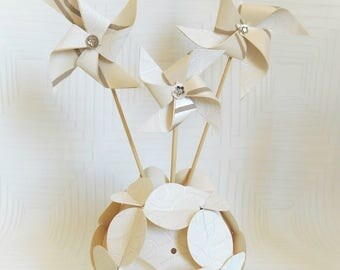 Decorative origami vase and flowers wind mills