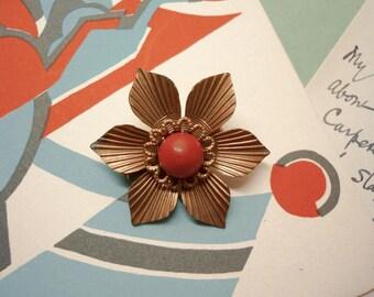 1930s Flower Head Brooch