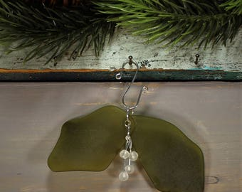 Mistletoe Sea Glass, Christmas Tree Ornament (1 pc) [LM2]