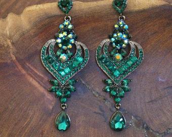 emerald green rhinestone long earrings, emerald green pageant chandelier earrings, emerald prom earrings, clip on emerald green earrings