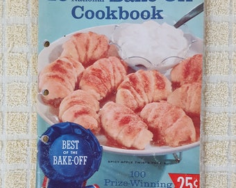 1959 Pillsbury's BEST 10th Grand National Bake-Off Cookbook 100 Prize Winning Recipes from 1958