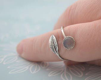 Labradorite Leaf Ring, Oxidised Sterling Silver Statement Ring, Blackened Bohemian Jewellery