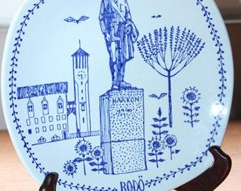 "Blue Bodo Stavangerflint Norway Plate-- King Haakon, Statue, Norway Ceramic --  Square, Rectangular, 8"" Diameter"