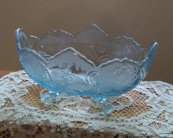 Footed glass fruit bowl, Heavenly blue,vintage collectible