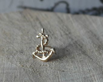Vintage Hallmarked 9ct 375 yellow Gold Nautical Anchor rope hope Symbol Tie Pin / Lapel Pin / badge/ brooch comes with gilt  fastener
