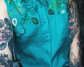 Green/teal embroidered short sleeve linen button up