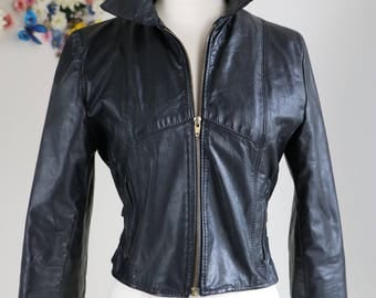 1980s Leather Motorcycle Jacket Fitted - Classic Vintage Black Biker Jacket - Zipper Cuffs Side Buckle Straps - Badass - Small
