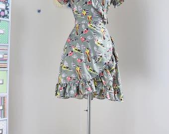 1990s Dress - Bird Print Summer Day Dress - Ruffle Hem And Neckline - Wrap Dress - Short Sleeve - Uttam Boutique - Size XS/Small