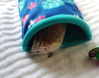 Hedgehog snuggle sack stay open snuggle sleep pouch seamless guinea pig snuggle sack pet pouch fleece sleeping bag  accessories pet cozy