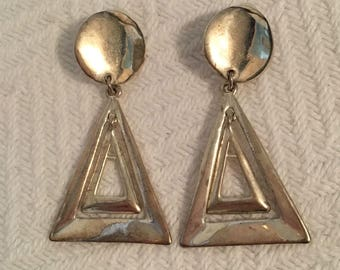 Vintage 1970s Silver Tone Hanging Geometric Clip On Earrings