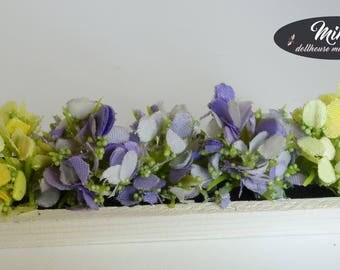 Boxes with flowers for the windowsill, 1:12 scale
