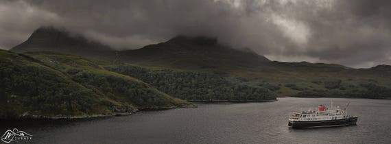 Hebridean Princess, Loch Cairnbawn [Photographic Print]