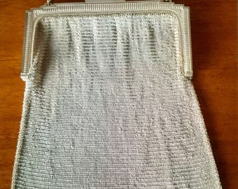 Beautiful and Rare Authentic Whiting & Davis Co metal mesh bag/purse - 1920s