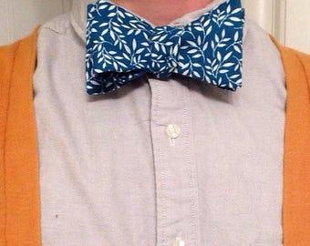 Teal Ivy Bow Tie