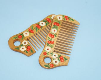Hand painted comb Petrykivka comb Ukrainian gift Gift for girl Natural comb Valentine's day gift Wooden hairbrush Sister Hair Accessories