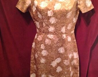 1950s Ladies Dress / 50s Ladies Wiggle Dress.