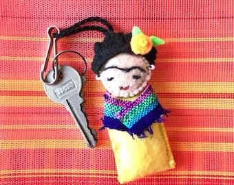 Frida Kahlo keychain, Frida Kahlo jewerly, Frida Kahlo doll, mexican keychain, Frida kahlo gift, mexican folk art, frida kahlo art