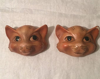 Vintage Pair of 1950's Chalkware Cats - Vintage Wall Hanging Chalkware