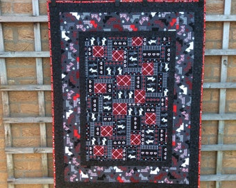 Scottie Dog Quilt.Dog Bedding.Dog Blanket.Pet Bed Cover.Red Quilt.Easter Gift.Small Quilt.Sofa Blanket.Home Decor.Handmade.Unique