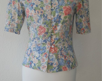 1980s Laura Ashley blouse•vintage laura ashley•vintage blouse•floral blouse•ladies top•womens top•scalloped collar•pastel top•UK 8/10•US 6/8