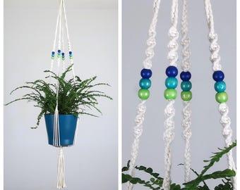 With flower pot: 88 cm macrame plant hanger