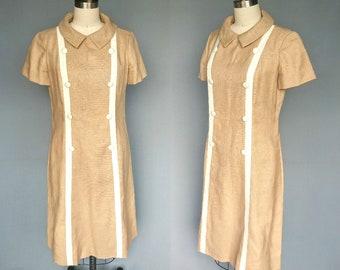 caramel delight / 1960s tan linen dress with button and stripe detail / 10 medium