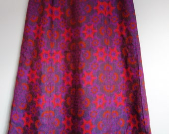 Beautiful Vintage 1970s 1960s Tapestry Psychedelic maxi Skirt