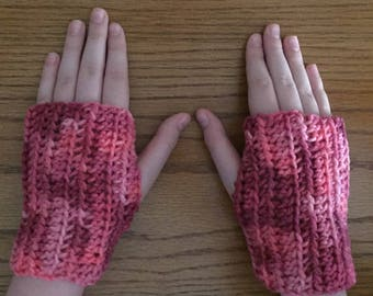Crochet Fingerless Gloves, Pink, Small Gloves, Wrist Warmers, Texting Gloves, Crochet Gloves, Arm Warmers, Fingerless Mittens, Hippie Boho