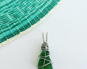 Emerald Green Seaglass Necklace