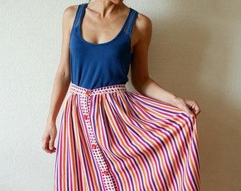 Colorful flowing retro skirt/vintage skirt stripes pattern