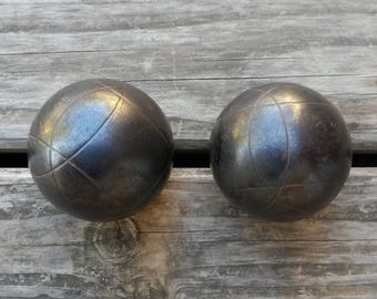 2 Boules, Wabi Sabi Decor, Boules, Petanque, Iron Balls, French Games, Tradition, Jeux de Petanque