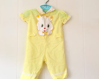 1950's yellow jumpsuit with lace trim and teddy bear applique - size 0 / 3 months