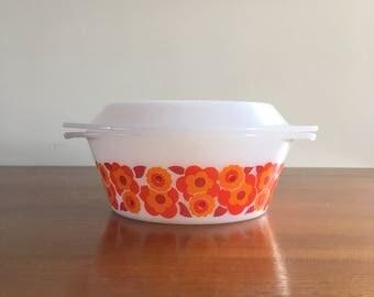 Arcopal Lotus Vintage shell with lid, orange flowers 70s