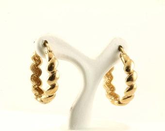 Vintage Ribbed Design Gold Tone Hoop Earrings 925 Sterling ER 429