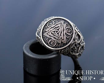 Valknut Ring with Urnes Ornament - 925 Silver Handcrafted Viking Jewelry